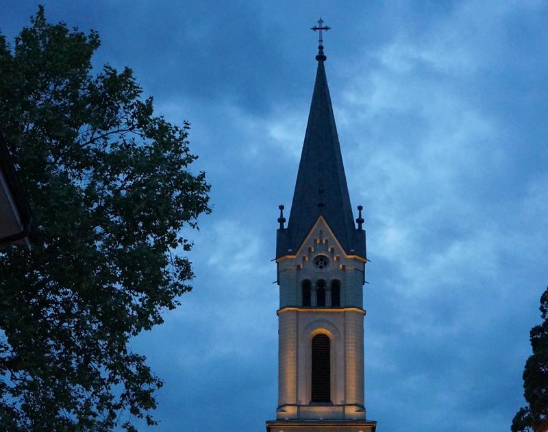 Strafen Im Bild Kirchturm